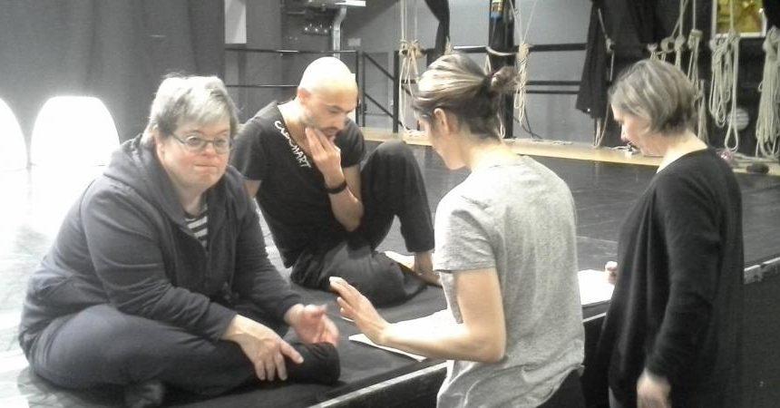 Sul palco dello Zandonai arte e disabilità si fondono in una storia che parla d'amore