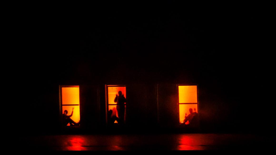 """Storie di """"Gusci umani vuoti"""": la deportazione dei """"matti"""" di Pergine in scena al Teatro Zandonai di Rovereto"""